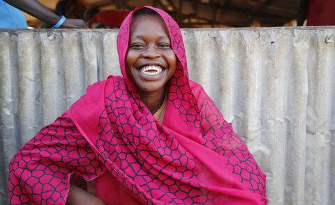 كيف تساعد البطاقات الغذائية على تمكين اللاجئات في السودان