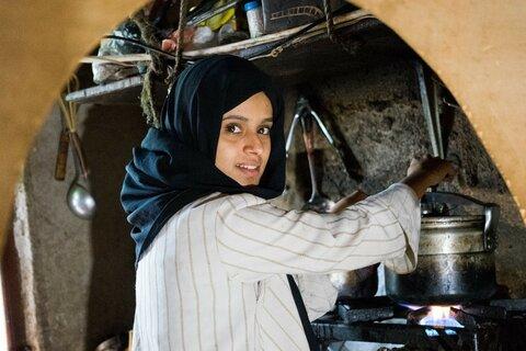 لماذا تحتاج النساء والفتيات في اليمن إلى دعم البرنامج أكثر من أي وقت مضى