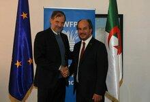 الاتحاد الأوروبي يساعد برنامج الأغذية العالمي في علاج سوء التغذية بين اللاجئين الصحراويين في الجزائر