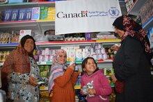 كندا تدعم برنامج الأغذية العالمي في مساعدته للأسر الفلسطينية المستضعفة على التكيف مع الصعوبات المتزايدة