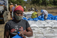 النزاع المتصاعد في موزمبيق يجبر مئات الآلاف على الفرار وسط الأزمة الإنسانية المتفاقمة