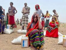 برنامج الأغذية العالمي يوسع نطاق استجابته للحالات الطارئة في الوقت الذي يواجه فيه عدد يصل إلى 7 ملايين شخص الجوع في شمال إثيوبيا