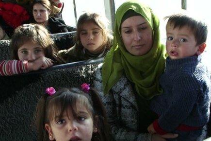 اللاجئون السوريون من كوباني يلتمسون الأمان في شمال العراق