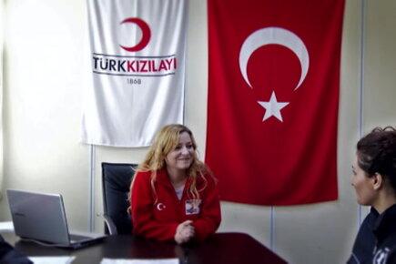 مساعدات الاتحاد الأوروبي لتركيا استجابةً للأزمة السورية فيما يتعلق بالتعليم والأمن الغذائي