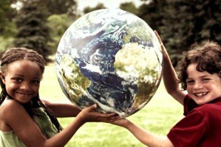 في اليوم العالمي للغذاء .. برنامج الأغذية العالمي يشجع الناس في مختلف أنحاء العالم على المساعدة في تحقيق عالم #بلا_جوع