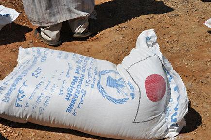 برنامج الأغذية العالمي يقدم مساعدات غذائية إلى نصف مليون ليبي