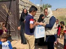 مساعدات غذائية طارئة لآلاف الأسر المتضررة من الفيضانات في إيران