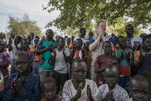 المدير التنفيذي لبرنامج الأغذية العالمي في زيارة تاريخية إلى يابوس بولاية النيل الأزرق بعد عشرة أعوام من تعذر الوصول إليها